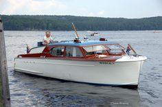 1950 Chris-Craft 28' Super DeLuxe Enclosed Cruiser