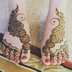 gorgeous heena designs for foot 2018