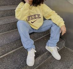 outfit ideas college look casual 18 Photos - Kleider rock – outfit ideas college look casual Source by katrinng - Cute Casual Outfits, Retro Outfits, Vintage Outfits, Chill Outfits, Edgy Outfits, Summer Outfits Women, Winter Outfits, Mode Outfits, Fashion Outfits