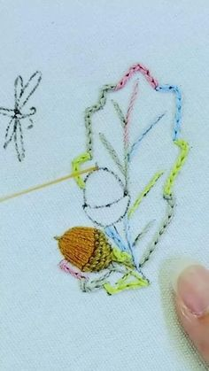 Embroidery Motifs, Embroidery Designs, Pendant Necklace, Stitch, Crafts, Jewelry, Embroidery Stitches, Embroidered Flowers, Punto De Cruz