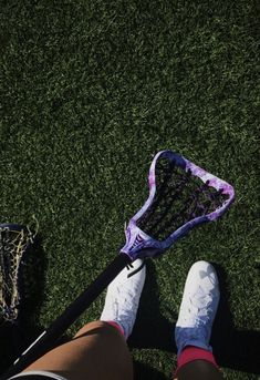 girls lacrosse stick Lacrosse Memes, Lacrosse Gear, Girls Lacrosse, Soccer Memes, Softball Quotes, Stiles, Bag Essentials, The Maxx, Lacrosse Sticks