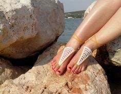 Items similar to Wedding Barefoot Sandals - Boho Barefoot Foot Jewelry - Belly Dance - Beachwear Accessory - Beach Wedding Shoes - Yoga Hippie Sandals on Etsy Gold Color Combination, Beach Wedding Shoes, Bare Foot Sandals, Belly Dance, How To Look Pretty, Beachwear, Barefoot Beach, Handmade Products, Boho