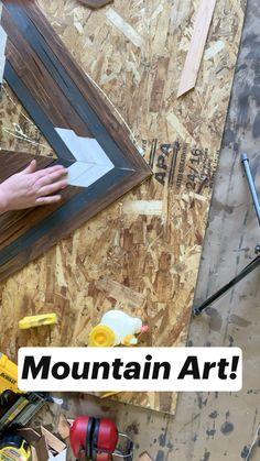 Reclaimed Wood Projects, Diy Furniture Plans Wood Projects, Woodworking Projects Diy, Simple Wood Projects, Wood Projects That Sell, Reclaimed Wood Wall Art, Diy Wooden Wall, Wood Wall Decor, Diy Wall Art