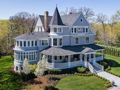 Victorian designed by famed architect William Boyington located at: 2480 Sheridan Rd, Highland Park, IL 60035 Future House, Victorian Style Homes, Victorian Homes Exterior, Victorian Design, Victorian Decor, Old Victorian Houses, Victorian House Plans, Victorian Farmhouse, Casas The Sims 4