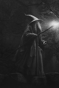 Gandalf-The Hobbit: The Desolation of Smaug Gandalf, Legolas, Anime Art Fantasy, Jrr Tolkien, Tolkien Quotes, Tolkien Books, Fellowship Of The Ring, Lord Of The Rings, Mystery