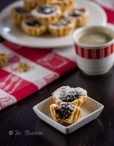 cosulete cu nuca si gem Romanian Desserts, Waffles, Sweet Treats, Bakery, Gluten, Cooking Recipes, Sweets, Breakfast, Food