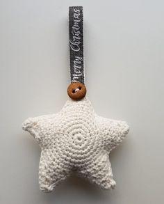 Hæklet stjerne Christmas Ornaments, Knitting, Holiday Decor, Crochet, Knit Wear, Blog, Diy, Ideas, Dekoration