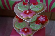 Cookies for a Garden Party Fairy Birthday Party, Girl Birthday, Birthday Parties, Birthday Photos, Birthday Ideas, Garden Cakes, Cute Cookies, Cookie Decorating, Cake Ideas
