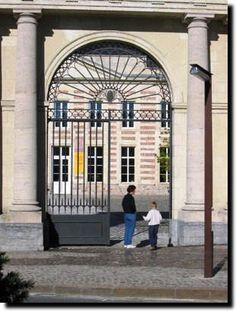 Musee Matisse le Cateau, noord frankrijk eten in relais fenelon Matisse, Museum Architecture, France, Outdoor Decor, Live, Tourism, Henri Matisse, French