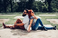Ensaio pré-wedding na fazenda ipanema Travel Wallpaper, Love Wallpaper, Couple Posing, Couple Shoot, Art Clipart, Monochrome, Couple Photography Poses, Photos Tumblr, Foto Pose
