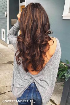 Hair Color Ideas For Brunettes Discover Hazey Baby Heather Grey Backless Sweater Top Brown Hair Balayage, Brown Hair With Highlights, Blonde Balayage, Blonde Hair, Chunky Highlights, Caramel Highlights, Color Highlights, Blonde Highlights, Hair Color And Cut