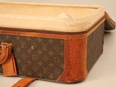 Authentic Vintage French Louis Vuitton Suitcase/End or Coffee Table Louis Vuitton Suitcase, Real Louis Vuitton, Louis Vuitton Trunk, Louis Vuitton Monogram, Float Your Boat, Coffee Table With Storage, Most Favorite, Vernon, My Bags