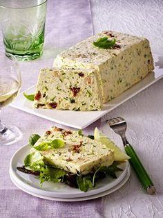 Unser beliebtes Rezept für Lachs-Zucchini-Terrine und mehr als 55.000 weitere kostenlose Rezepte auf LECKER.de.