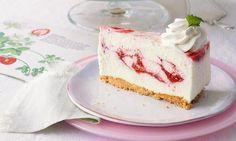 Erdbeer-Joghurt-Torte                              -                                  Eine fruchtige Erdbeer-Joghurt-Sahne auf knusprigem Mandelboden zur Erdbeerzeit