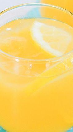 Sparkling Peach Pear Apricot Lemonade