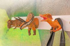 perchero-diy-dinosaurios