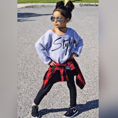 Girl's got style! Cute Kids Fashion, Toddler Fashion, Girl Fashion, Vans Outfit, Toddler Girl Style, Vans Girls, Girl Swag, Red Plaid, Her Style