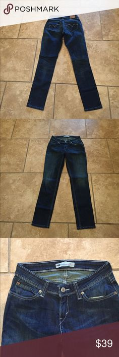 Levi's skinny jeans SZ 29x32 Excellent used condition levis Jeans Skinny