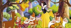 Biancaneve e i sette nani (1937) ANIMAZIONE – DURATA 83′ – USA Da una fiaba (1812-22) dei fratelli Jakob e Wilhelm Karl Grimm: perseguitata dalla matrigna, strega malvagia, Biancaneve si rifugia nella foresta e nella case dei sette nani dove la ritrova il Principe Azzurro. Prodotto e supervisionato da Walt Disney, è il 1° lungometraggio a disegni animati. I nani Brontolo, Cucciolo, Dotto, Eolo, Gongolo, Mammolo e Pisolo sono la carta vincente…