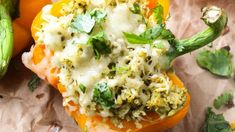 All you need are five ingredients for this hearty dinner, featuring quinoa, pesto, mozzarella, and shredded chicken all in a bell pepper. You can even use a rotisserie chicken to minimize the cooking time. Get the recipe. Real Food Recipes, Cooking Recipes, Healthy Recipes, Real Foods, Healthy Salads, Easy Cooking, Diabetic Recipes, Cooking Time, Easy Recipes