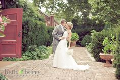 romantic wedding pose