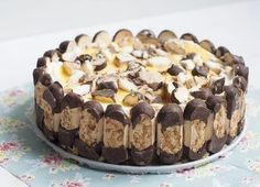 Supersimpele bokkenpootjestaart (met advocaat!) - Culy.nl Dutch Recipes, Sweet Recipes, Baking Recipes, Cake Recipes, Dessert Recipes, Amish Recipes, Just Desserts, Delicious Desserts, Yummy Food