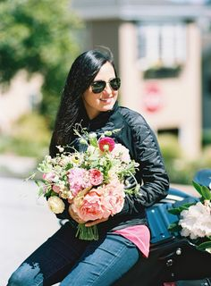 Humans with Bouquets: Angie | Tulipina