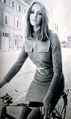 Model Suzanna van Haaren, photos Boudewijn Neuteboom, Avenue (Dutch) October 1968