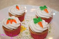 Cupcakes with Carrot Decoration