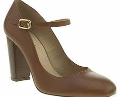 Schuh womens schuh tan echo high heels 1112006220 Your stylish footsteps will Echo long after you with this simple and chic schuh heel silhouette. Arriving in simple tan leather, the heeled Mary-Jane style features a fine gold buckle on the strap, an http://www.comparestoreprices.co.uk/womens-shoes/schuh-womens-schuh-tan-echo-high-heels-1112006220.asp