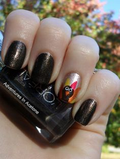 Get in the festive spirit with these Turkey nails for Thanksgiving!