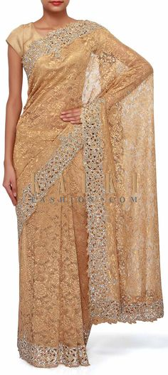 Buy Traditional Indian Clothing & Wedding Dresses for Women Lace Saree, Net Saree, Indian Dresses, Indian Outfits, Indian Fashion, Women's Fashion, Middle Eastern Fashion, Golden Dress, Desi Wear