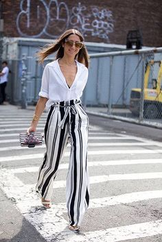 New York Fashion Week: The best street style inspiration - Photo 14 Source by carinietini outfits elegant Best Street Style, New York Fashion Week Street Style, Cool Street Fashion, Look Fashion, New York Style, Milan Fashion, Street Styles, Mode Outfits, Office Outfits