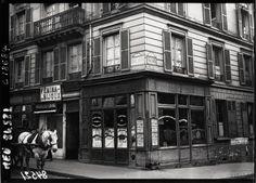 Immeuble où Henri Désiré Landru a été arrêté le 12 avril 1919, chez sa maîtresse, Fernande Segret. 76, rue de Rochechouart, Paris IXe.