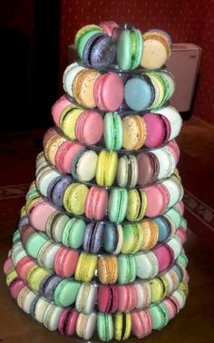 Macarons, delicii colorate Macarons, Macaroons