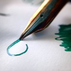 Doodling with fountain pens. #fountainpen #fountainpenink #penaddict #flexnib