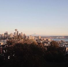 """""""I'm absolutely in love with this city."""" - @andrewhhoang #seattle"""