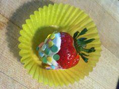 Berries, cream, and sprinkles. Baby Shower Fun, Holiday Ideas, Yogurt, Tea Party, Sprinkles, Stuff To Do, Food Ideas, Berries, Strawberry