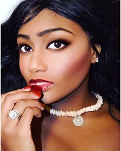 Photo by Aisha Sato. Model is Lisa Rush.