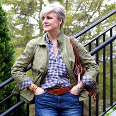 casual spring 2018 outfit. classic style, blue jeans, olive utility jacket