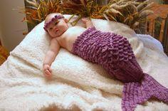 Ravelry: Mermaid Tail & Headband Prop pattern by Thomasina Cummings Designs Crochet Mermaid, Crochet Baby, Knit Crochet, Mermaid Photos, Mermaid Tails, Newborn Headbands, Christmas Items, Diy Projects To Try, The Little Mermaid