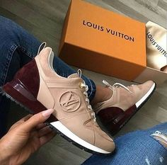 Great Louis Vuitton Nude-Dark Red Sneakers / Only Me 💋💚💟💖✌✔👌💙💚 xoxo Zapatillas Louis Vuitton, Louis Vuitton Sneakers, Louis Vuitton Handbags, Hot Shoes, Crazy Shoes, Me Too Shoes, Fancy Shoes, Zapatillas Nike Air Force, Sneakers Fashion