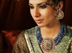 Kundan and sapphire set