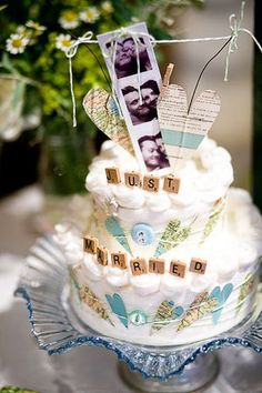 Bunting Wedding Cake love the Scrabble Tiles.