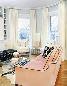 Pale pink and chic!