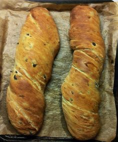 image Good Food, Yummy Food, Greek Cooking, Bread And Pastries, Ciabatta, Bread Rolls, How To Make Bread, Bread Baking, Bread Recipes