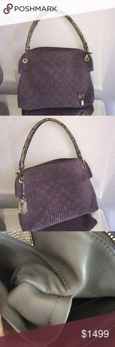 how do i clean the outside of my prada handbag
