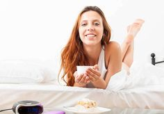 15 poderosos beneficios del jugo de perejil Licence Lea, Photoshop, Healthy, Home, Juices, Food Items, Apple Slices, Parsley, Free Pics