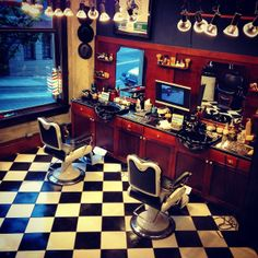 Another Monday, and a new week begins.....Good morning from the barber shop! #barbershop #yaletownbarbers #barberlife #yaletown #vancouver #barbershops Read more at http://web.stagram.com/n/barberboss/?npk=665325103739779458_10295973#T2qULQP8UTSJ7ZzW.99 Shelley Salehi @loveyourbarber Instagram photos | Webstagram