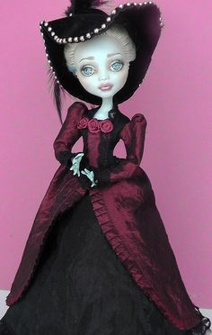 dress by Geri_s Dolls, via Flickr